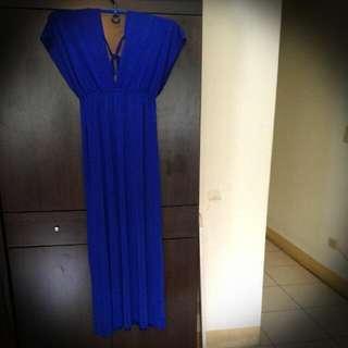 大V領 長洋裝