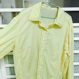 獨身貴族鵝黃襯衫