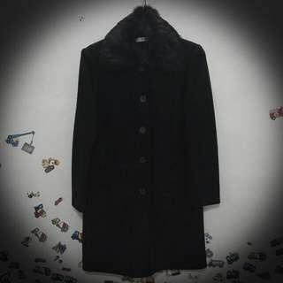 【免運】限時特價💟可拆式毛領黑色長版大衣💟9成新