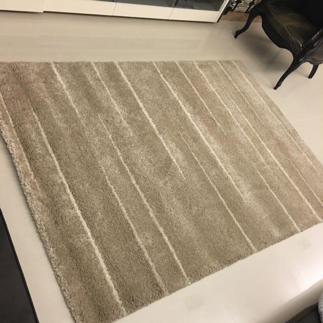 大型地毯B-tron