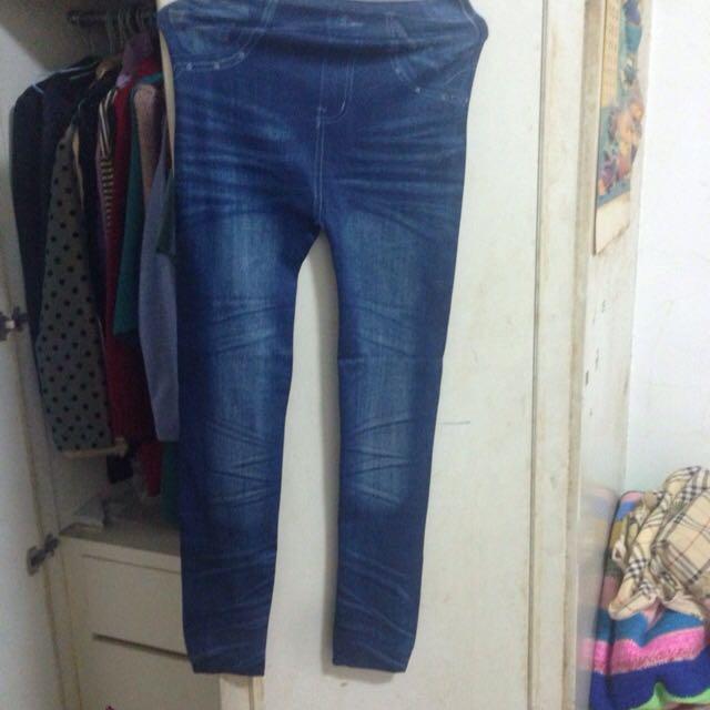 全新 牛仔褲造型 內搭褲