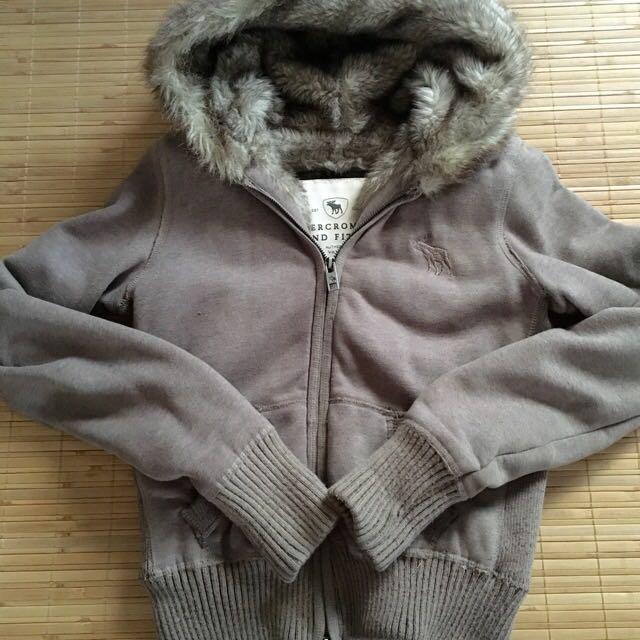 Abercrombie &fitch 咖啡舖毛超保暖連帽外套