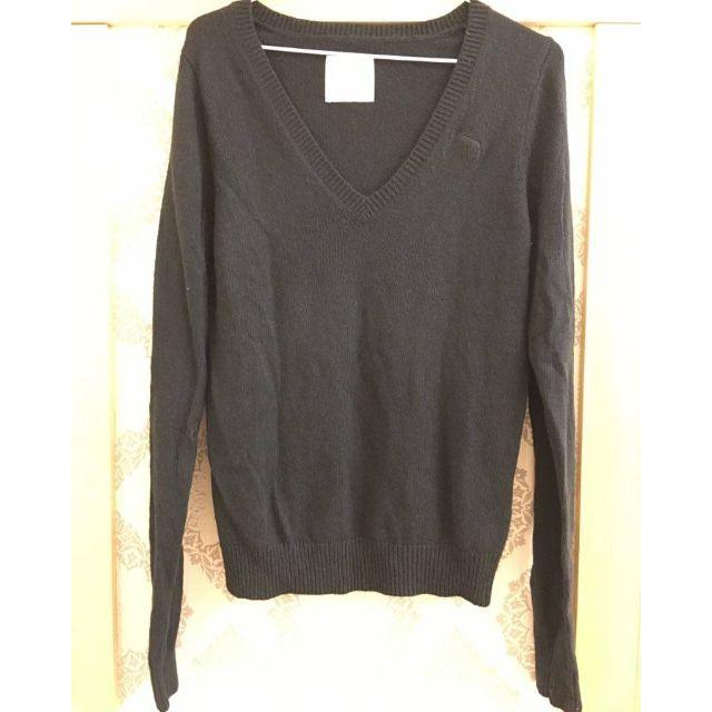 A&F黑色V領毛衣