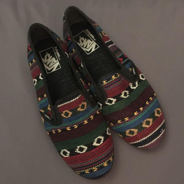 vans aztec