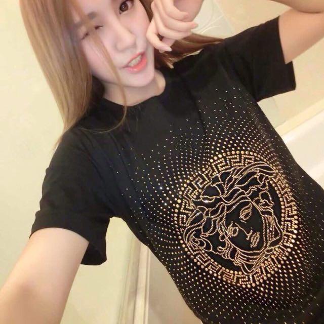 正品 Versace 女T-shirt 鑲鑽 S號