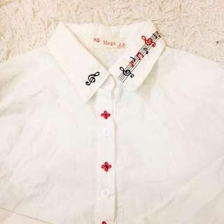 音符 白色襯衫 上班