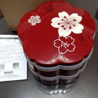 日本製,置物盒,過年糖果盒,也可做壽司便當盒,多用途。