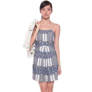 BNWT LB Love Bonito Osias Printed Front Pleat Dress in Blue, Size S