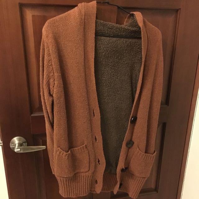 咖啡色鋪棉針織外套