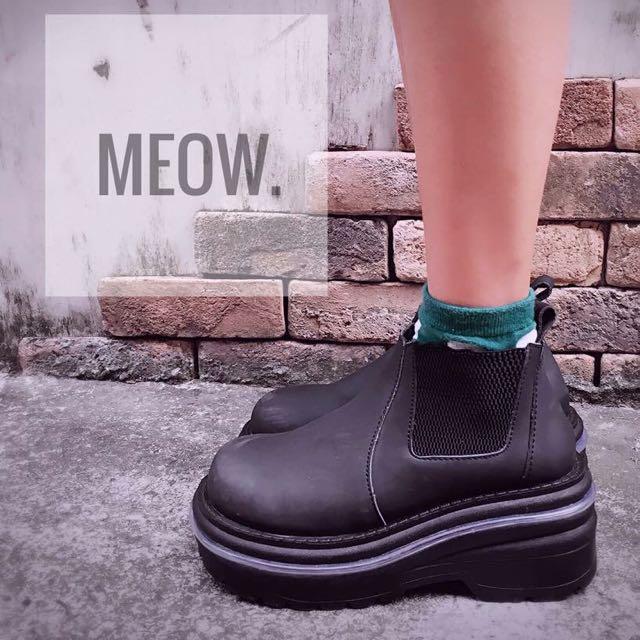急售 全新 降價售 厚底短靴✨