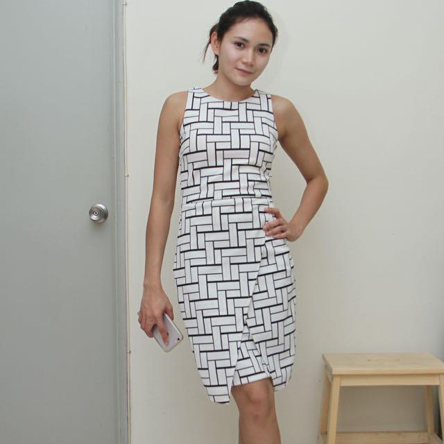 Femme Elegante - Dress XS