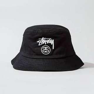 STUSSY Black Bucket Hat