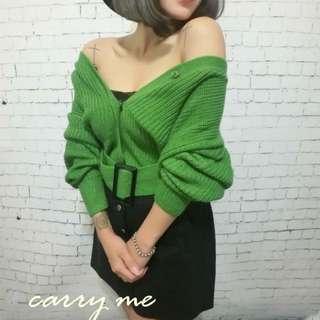 綠色針織兩穿上衣