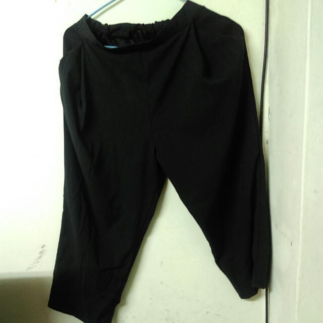 寬褲深藍偏黑