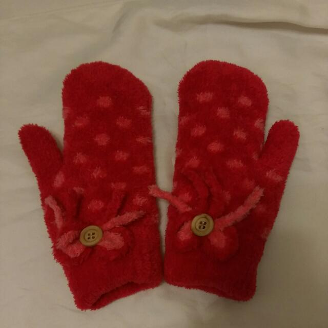 全新紅色點點保暖手套
