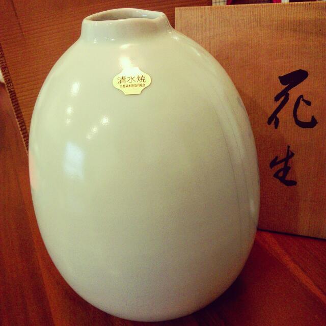 《 全新庫存瑕疵品 》日本清水燒,花瓶,附木盒