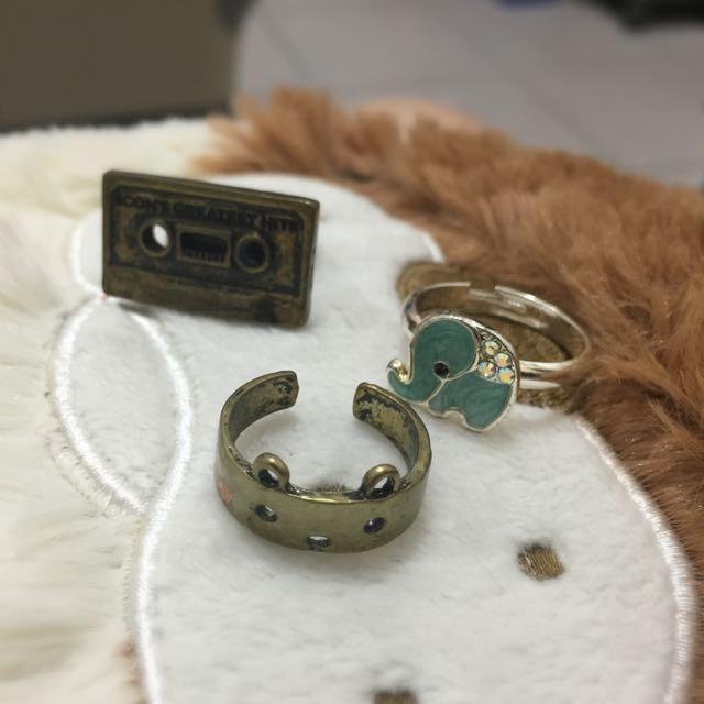 ✌️二手✌️戒指 便宜賣 尾戒 錄音帶 仿舊款