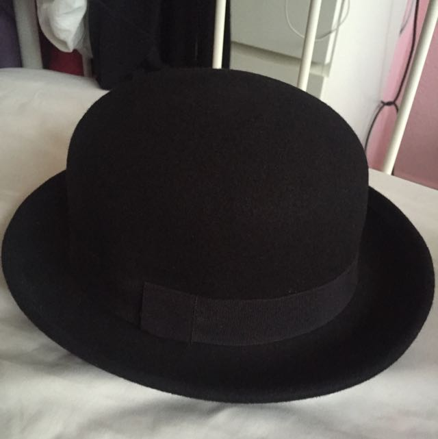 H&M Black Bowl Hat