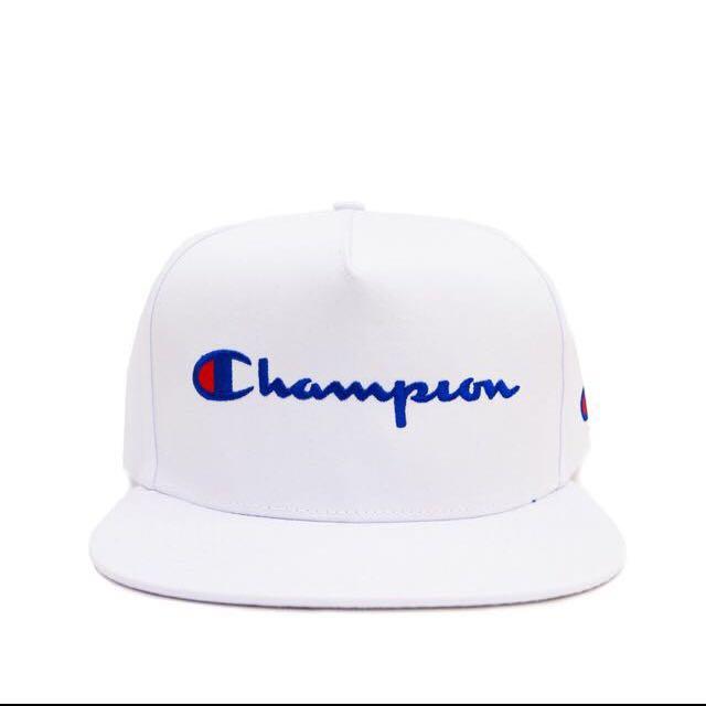 Champion 草寫後扣棒球帽 白色 2️⃣✋🏻
