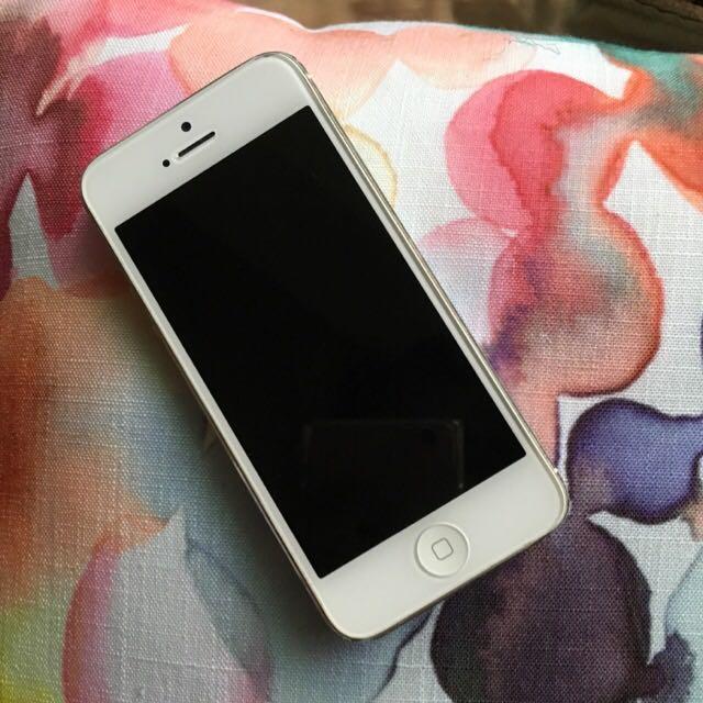 iPhone 5 16G 空機 女用機