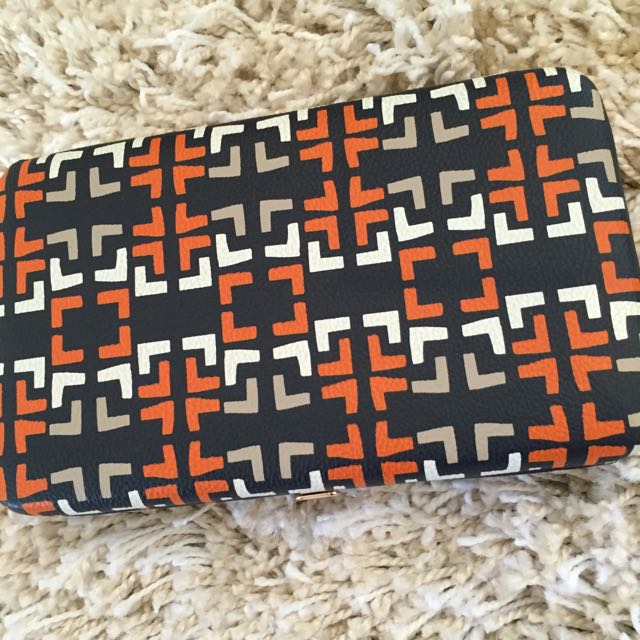 Patterned Wallet Clutch From the US!