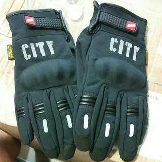 冬天必備 全新MAD-07 防風禦寒手套 可滑手機平板