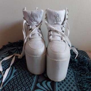 Y.R.U. Platform sneakers