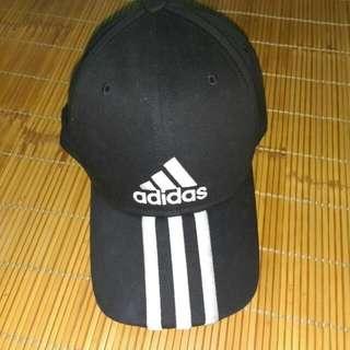 Adidas鴨舌帽