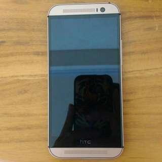 HTC M8 金色16G 9.5成新 無傷