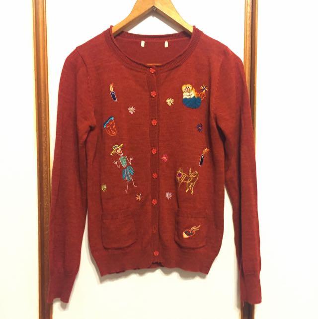 童趣刺繡棗紅色針織外套