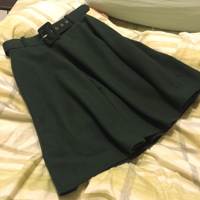 (保留中)墨綠毛料及膝裙(附腰帶)