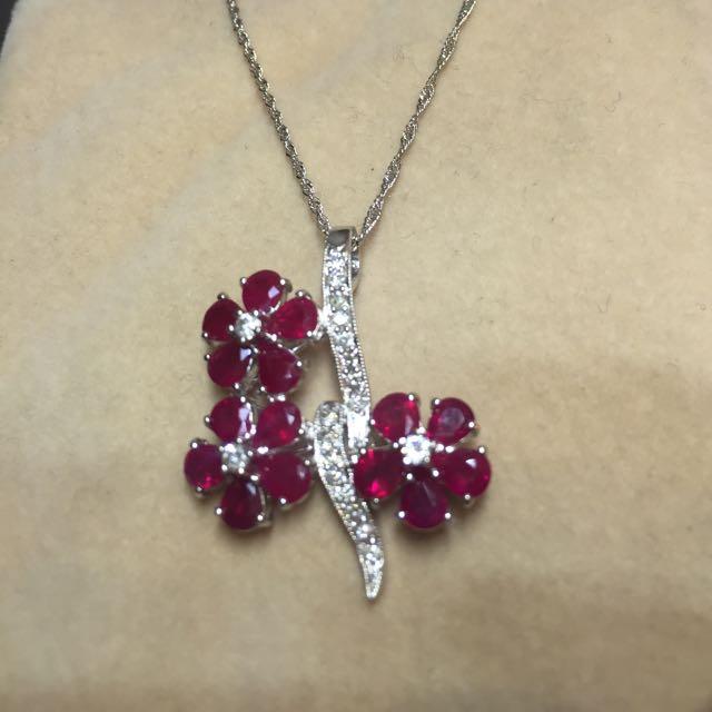 花朵紅寶鑲鑽項鍊