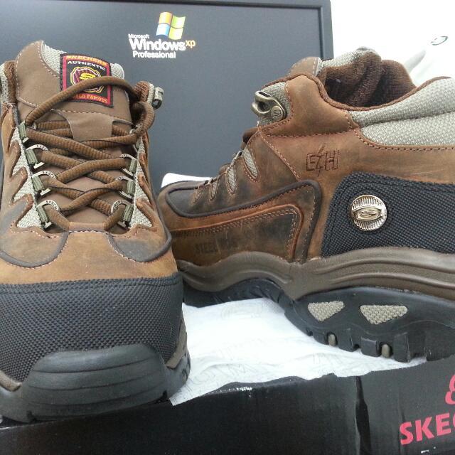 BNIB - SKECHERS Safety Boots Steel Toe