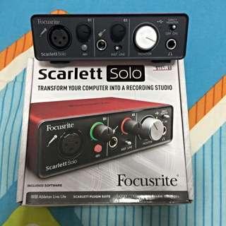 Scarlett solo ( Focusrite)