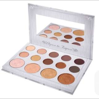 *sold* Carli Bybel - 14 Color Eyeshadow & Highlighter Palette By Bh Cosmetics