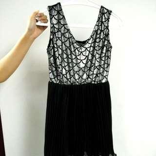 Silver Sequins Mini Dress (Size S/M)