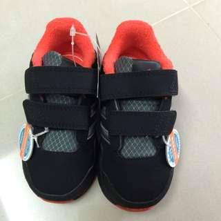 adidas 嬰兒學步鞋 13公分