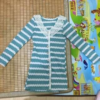 蕾絲領綠白相間長罩衫 針織外套