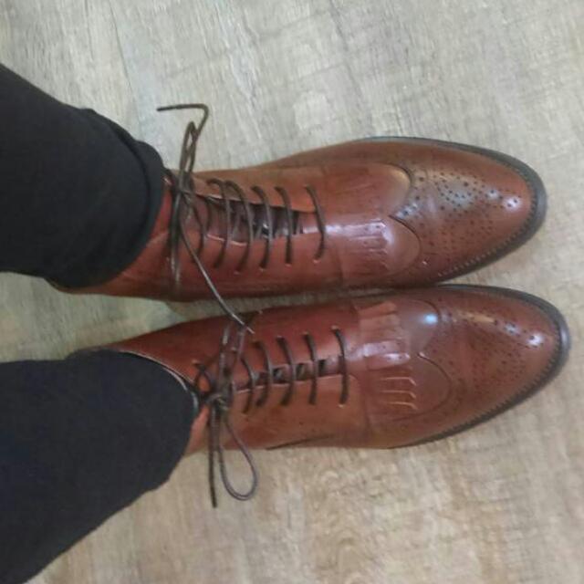 真皮雕花牛津靴