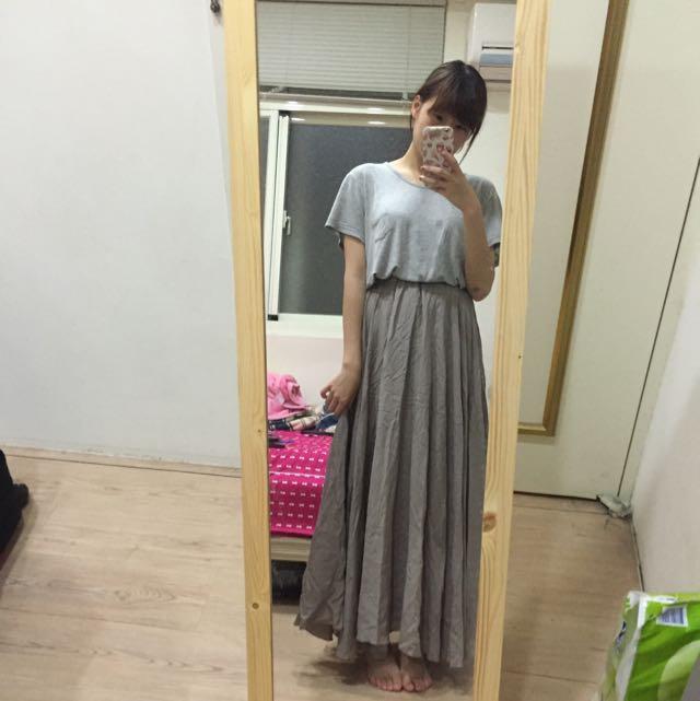 深棕色長裙