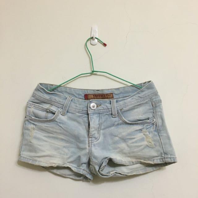 刷白小刷破牛仔淺色短褲