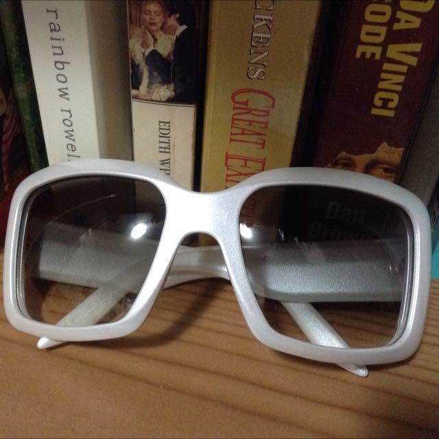 全新免運 DIOR 白太陽眼鏡