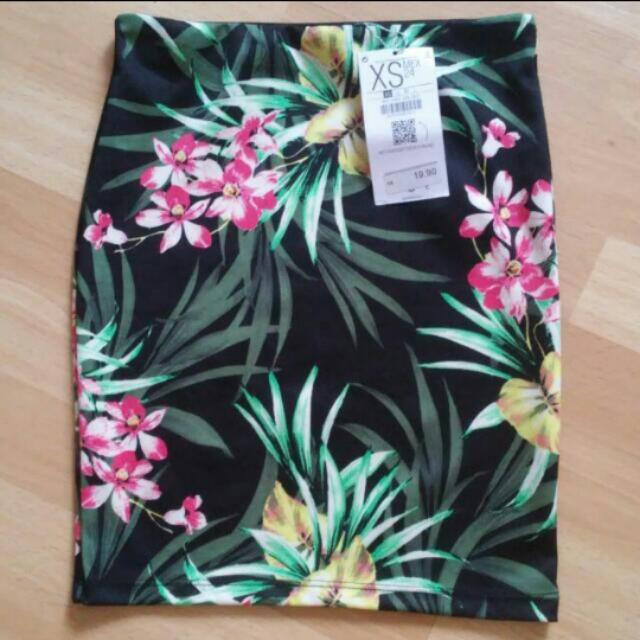 BN bershka tropical bandage skirt