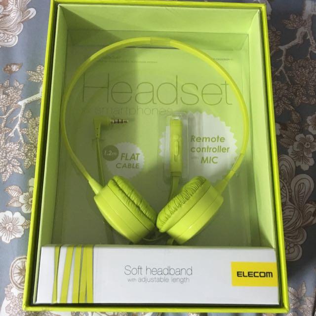 全新耳機。有mic 可接電話的喲、可控制音樂。還是習慣耳道式耳機