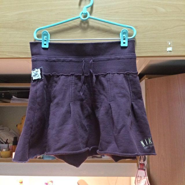 Nike 酒紅棉質短裙(300含運可議)