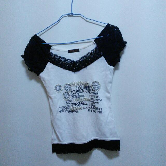 (二手)蕾絲領口T恤
