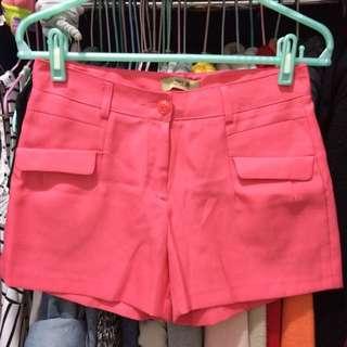 出清!全新!桃色短褲