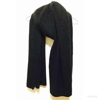 黑色寬版毛料長圍巾