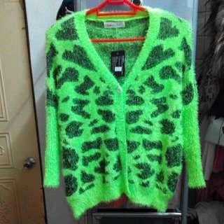 [全新] 螢光綠 老虎斑紋圖案 毛茸茸針織毛衣外套