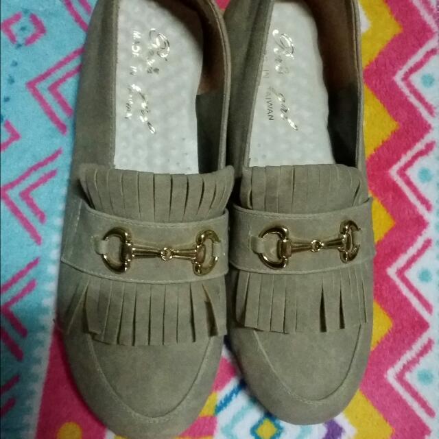米色平底鞋(可議價,喜歡帶走)